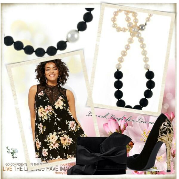 copacabana-promenade-ii-pearl-necklace-with-onyx-by-amra.jpg